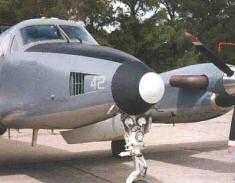 Avion B200 Punta Indio